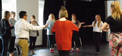How Applied Theatre Can Help You Retain Your Employees